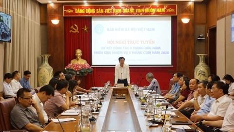 BHXH Việt Nam vượt qua khó khăn, thực hiện nhiệm vụ 'kép'