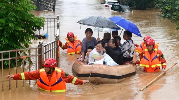 Nâng mức cảnh báo lũ 4 thành phố gần Tam Hiệp