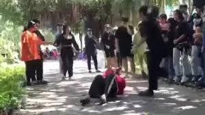 Thiếu nữ bị đánh vì nhìn chị: Đánh nhiều người