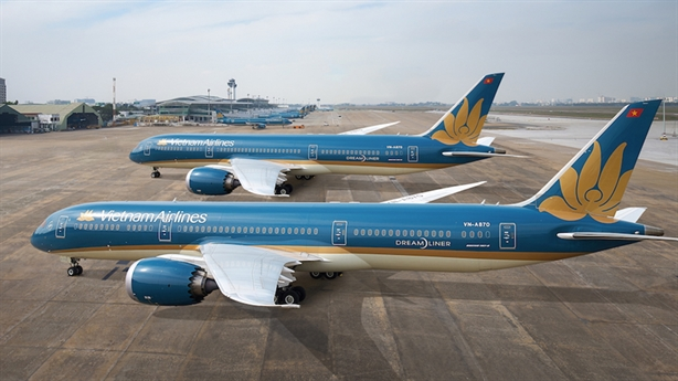 Nếu cứu Vietnam Airlines, phải tính vai trò với nền kinh tế?