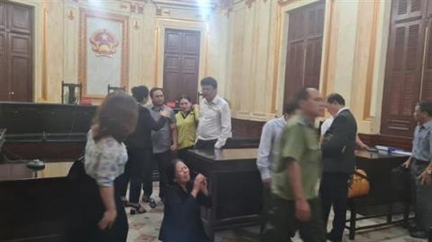 Kháng nghị bản án liên quan đến bị đơn định nhảy lầu