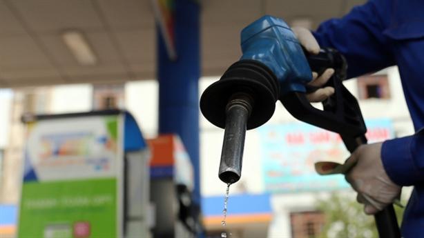 Được nhượng 35% cổ phần xăng dầu cho nước ngoài: Rủi ro