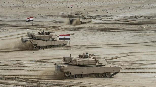 Vũ khí NATO tương tàn tại Libya