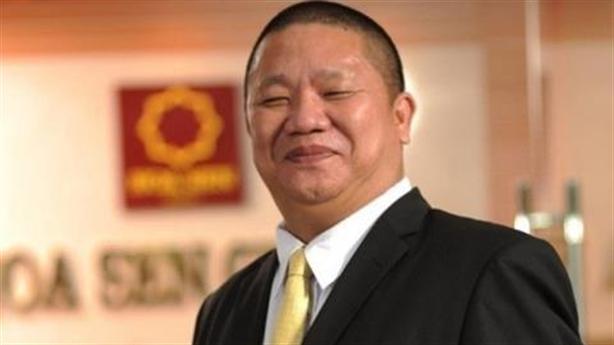 Đại gia cắt nhúm tóc, bố chồng Hà Tăng thất thu