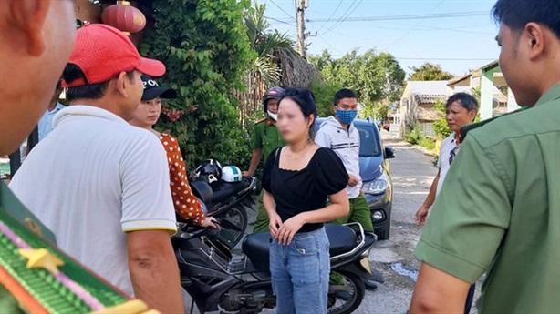 Nhóm người Trung Quốc bỏ chạy tán loạn: Nhập cảnh đường nào?