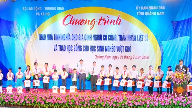 Chung tay, thêm niềm vui đến trường cho học sinh Quảng Nam