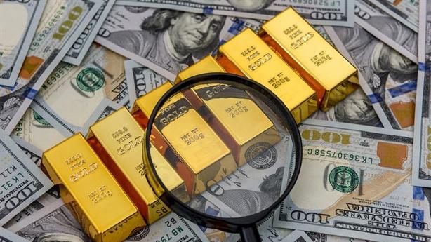 Vàng thế giới tăng dựng đứng, đồng USD nhận tin buồn