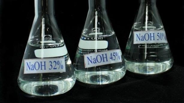 """NaOH - chất hóa học """"vàng"""" trong công nghiệp và đời sống"""