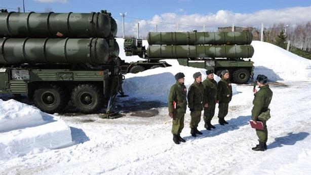 Bản đặc biệt S-400 đón lõng tên lửa Mỹ tại Bắc Cực