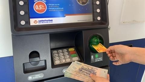 BHXH Việt Nam đẩy mạnh chi trả qua hệ thống ngân hàng