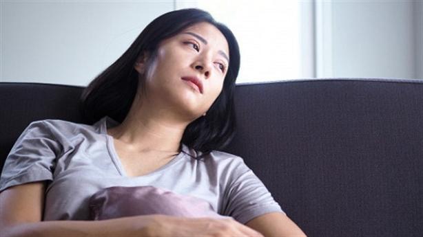 Thương chồng vì chỉ sinh được 2 con gái