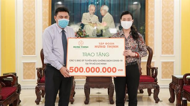 Tập đoàn Hưng Thịnh ủng hộ 20 tỷ đồng chống dịch Covid-19