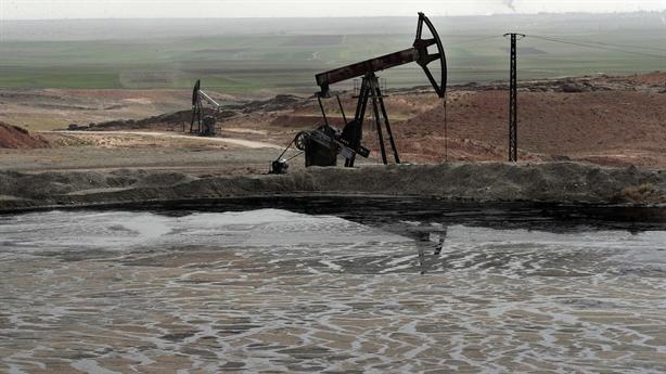 Toan tính lâu dài của Mỹ hút mỏ dầu ở Syria
