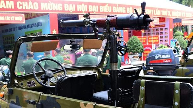 Quân khu 7 giới thiệu vũ khí tự hành đa năng