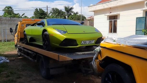 Vì sao 2 siêu xe vừa bị tạm giữ tại Quảng Bình?