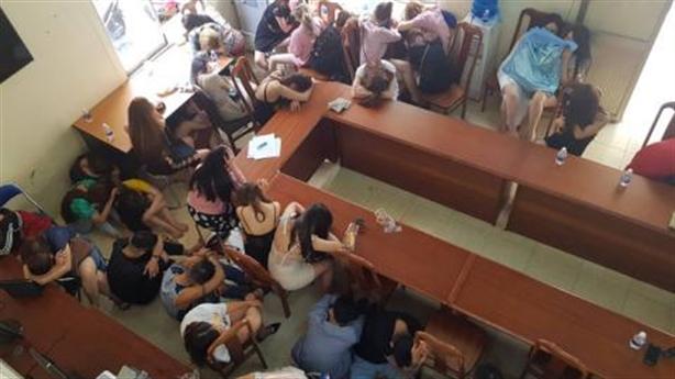 Quán bar đẹp nhất TP HCM cho khách dùng ma túy