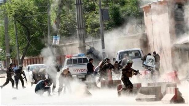 Quyết rút quân khỏi Afghanistan, Mỹ 'bỏ của chạy lấy người'?