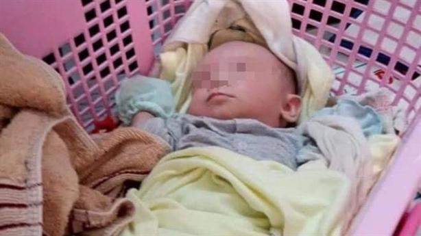 Sinh viên bỏ con sơ sinh: 'Ai nhặt thì đặt tên Trọng'