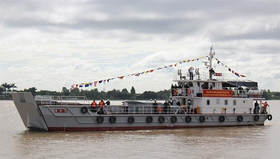 Việt Nam tiếp nhận tàu đa năng tải trọng 120 tấn