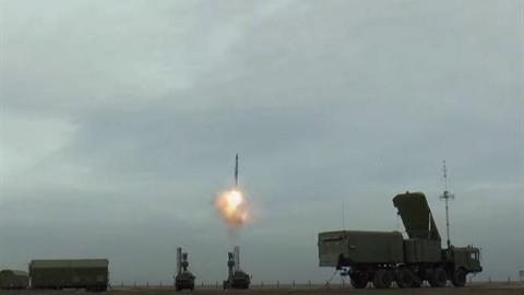 Mỹ, Israel lo ngại Iran sớm có được S-400 từ Nga