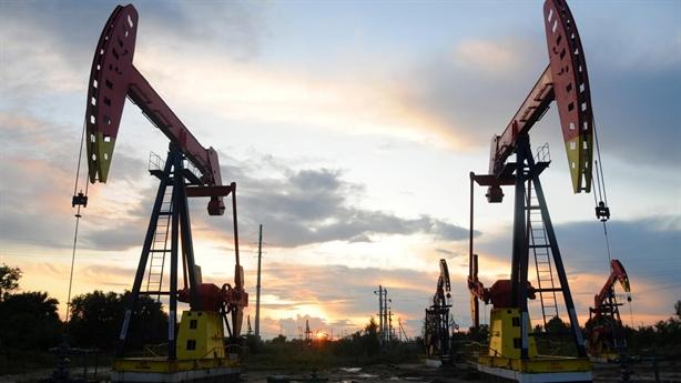 Dầu tăng giá khi Trung Quốc bắt đầu mua dầu Mỹ