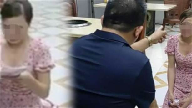 Chủ quán bắt khách quỳ vì chê đồ ăn: 'Khách tự quỳ?'