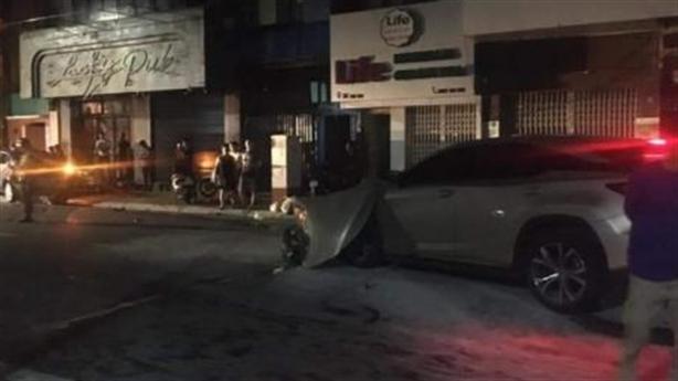 Gia thế khủng của tài xế xe Lexus gây tai nạn
