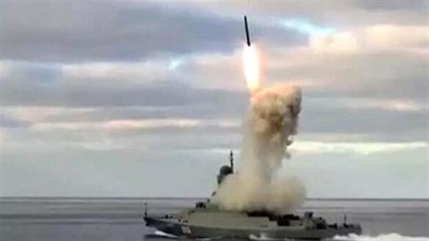 Tàu chiến Nga nã Kalibr trả đũa vụ sát hại Thiếu tướng?