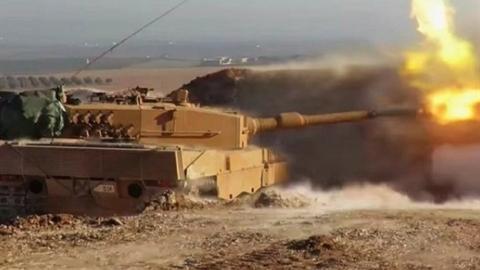 Ankara chuyển 450 thiết giáp cho phiến quân trong một ngày?