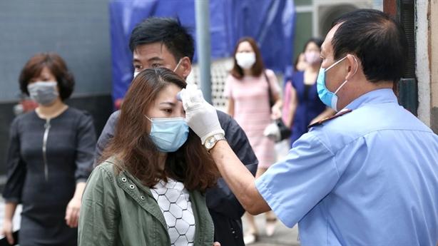 Covid-19 ở bệnh viện, chợ: Đi đẻ không mang theo