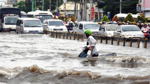 Thủ tướng yêu cầu TP.HCM nghiên cứu kỹ thu phí thoát nước