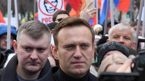 Thủ tướng Đức vào cuộc vụ thủ lĩnh đối lập Nga