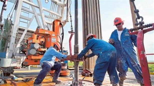 Khơi mào cuộc chiến giá dầu mới: Riyadh triệt dầu đá phiến?