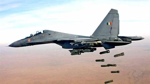 Vì sao Su-30MKI Ấn Độ đắt gấp đôi Su-30SM Nga?