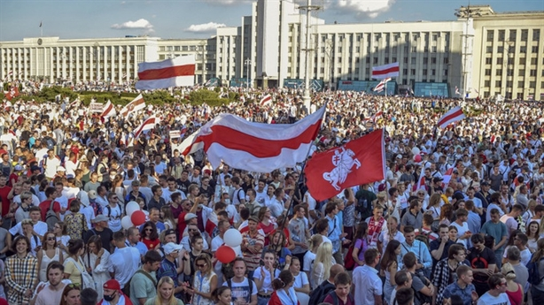 Thứ trưởng Mỹ thăm Nga, nhận cảnh báo nóng về Belarus
