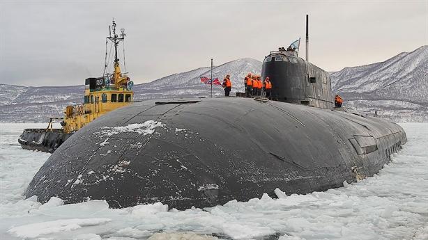 Mỹ không hiểu chuyện gì khi tàu ngầm Omsk nổi gần Alaska