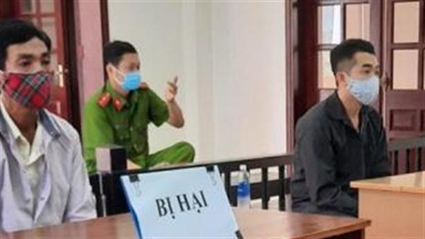 Kì án xâm hại 'bé gái 17 tuổi': Xử đúng tội