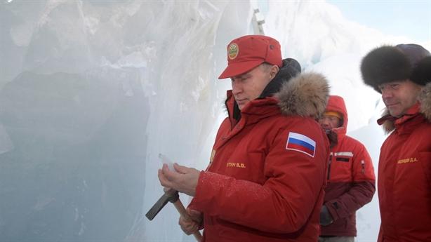 Mỹ thảo luận với Nga, tích cực hợp tác Bắc Cực