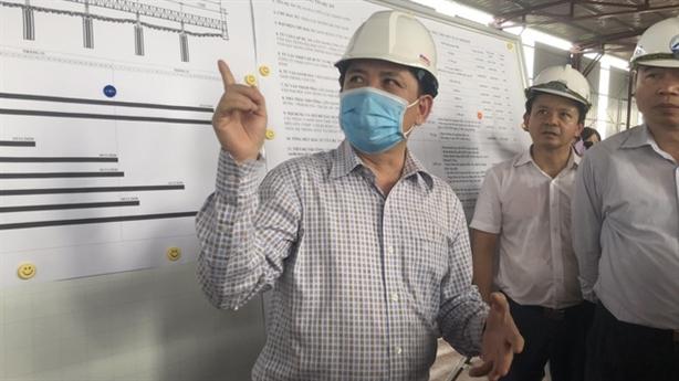 Sửa cầu Thăng Long: Đợi chuyên gia Trung Quốc?