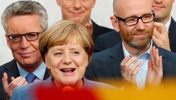Vì sao bà Angela Merkel đạt mức uy tín cao kỷ lục?