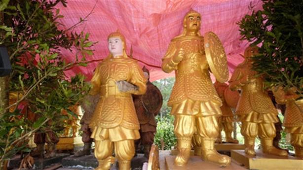 Nghi tượng lính TQ chuyển về Đà Lạt: Yêu cầu trả tượng
