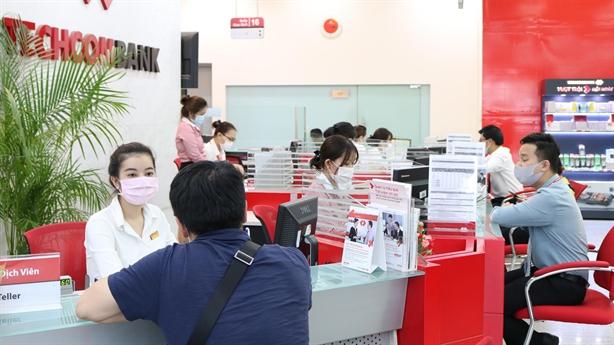 Techcombank duy trì lợi thế tăng trưởng trong bối cảnh bất thường