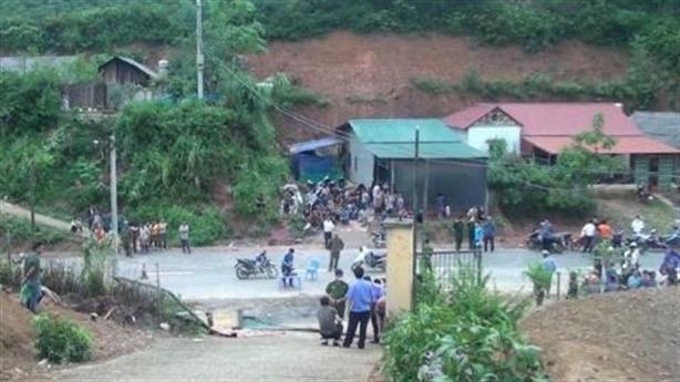 Lộ nguyên nhân sập cổng trường khiến 3 trẻ tử vong
