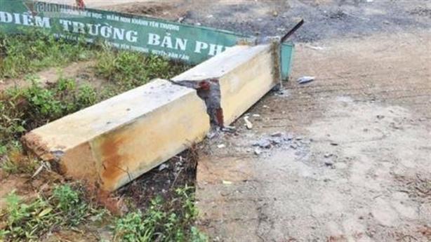 Đổ cổng trường khiến 3 trẻ tử vong: Điểm mấu chốt