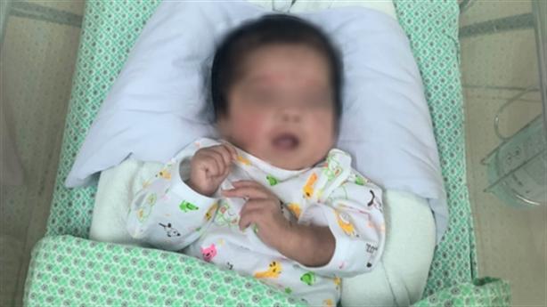 Cứu thai nhi 31 tuần tuổi bị phá bỏ: 'Nhân văn' đâu?