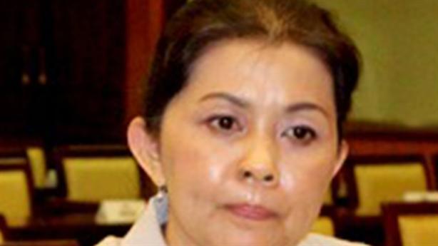 Phong tỏa tài khoản 50.000 USD của cựu quan chức: Giá như...