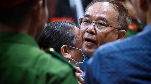 Bật khóc xin lỗi, ông Nguyễn Thành Tài lĩnh 8 năm tù