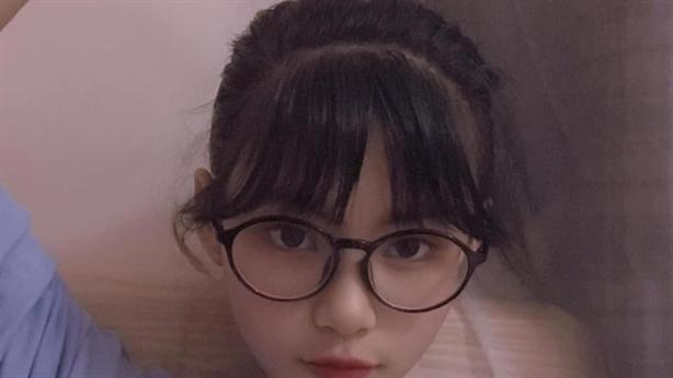 Bé gái xinh xắn mất tích bí ẩn: Lập 3 nick facebook