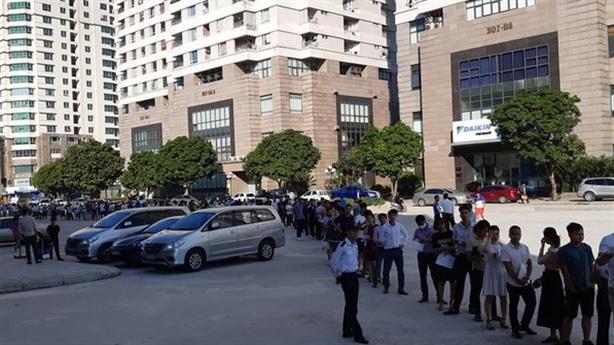 Rầm rộ rao bán quyền mua căn hộ NƠXH ở Hà Nội