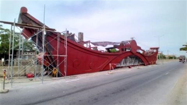 Gần 14 tỷ xây cổng chào TP.Đồng Hới: Có lãng phí?